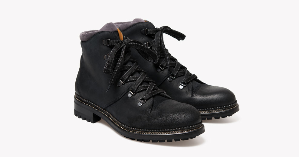 ok1348_austin_walkingboot_blackwaxed_01