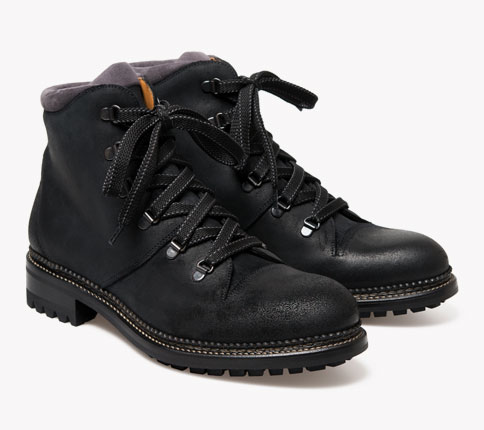 ok1348_austin_walkingboot_blackwaxed_catalogue